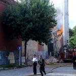 0205_incendio_deposito_barracas_dyn_g1.jpg_1853027552